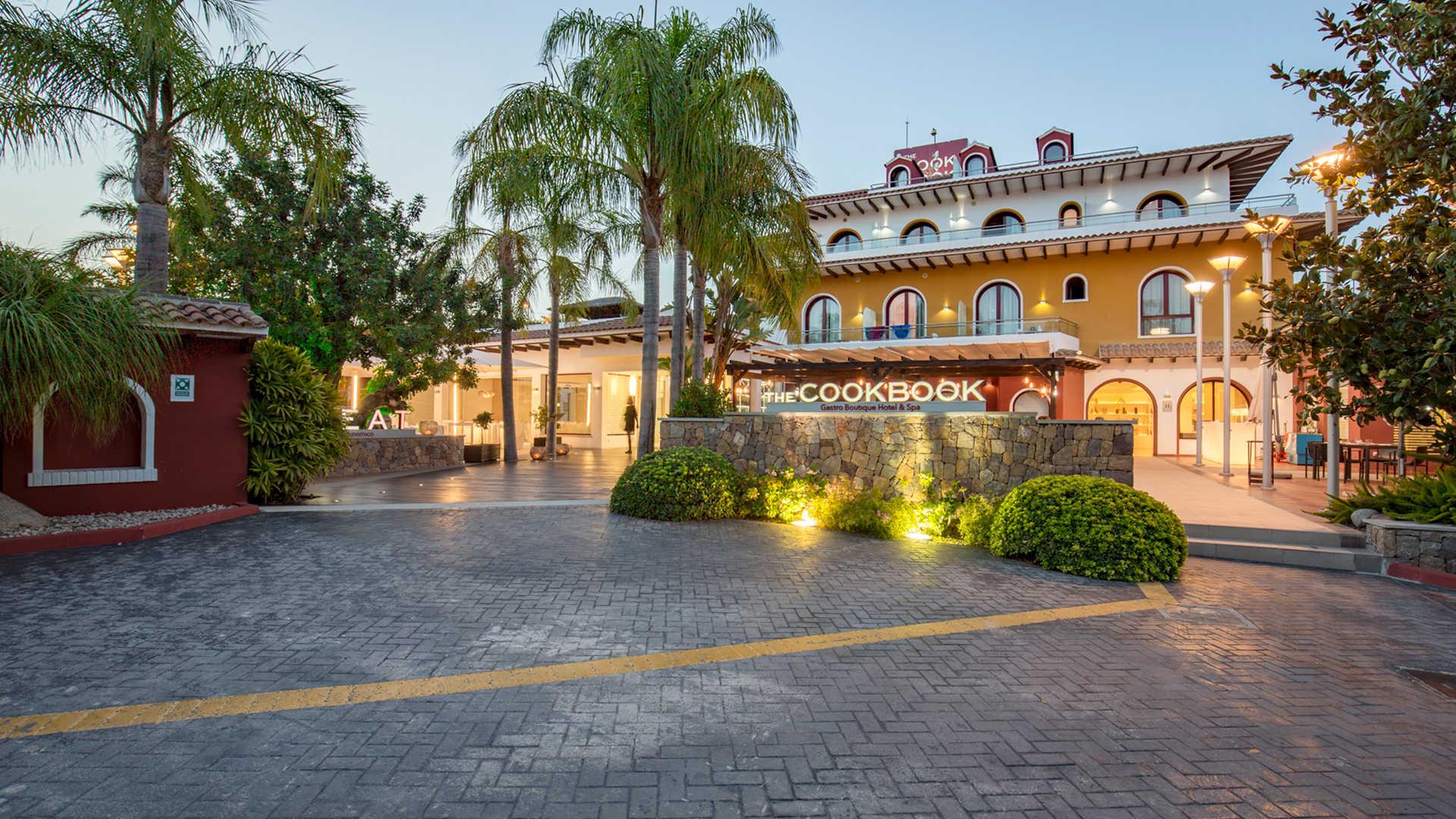 THE COOK BOOK GASTRO BOUTIQUE HOTEL