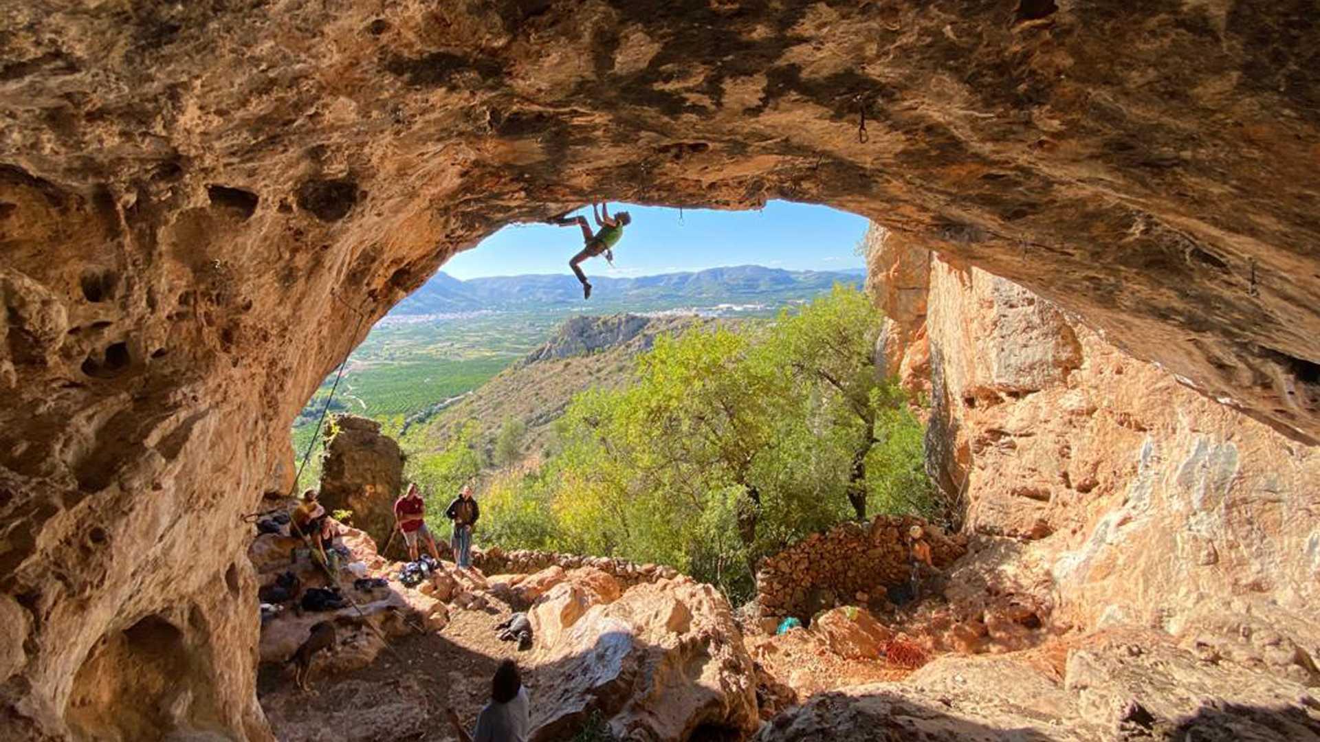 Iniciación a la escalada en Cortes de Pallás