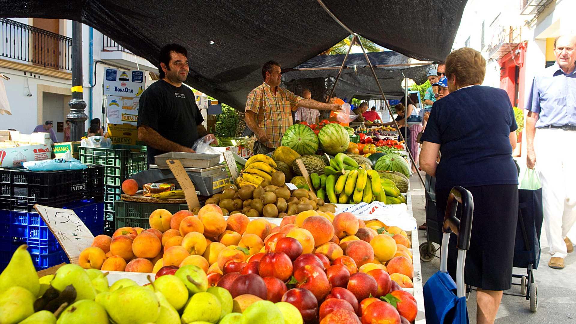 Mercado semanal en Benissa