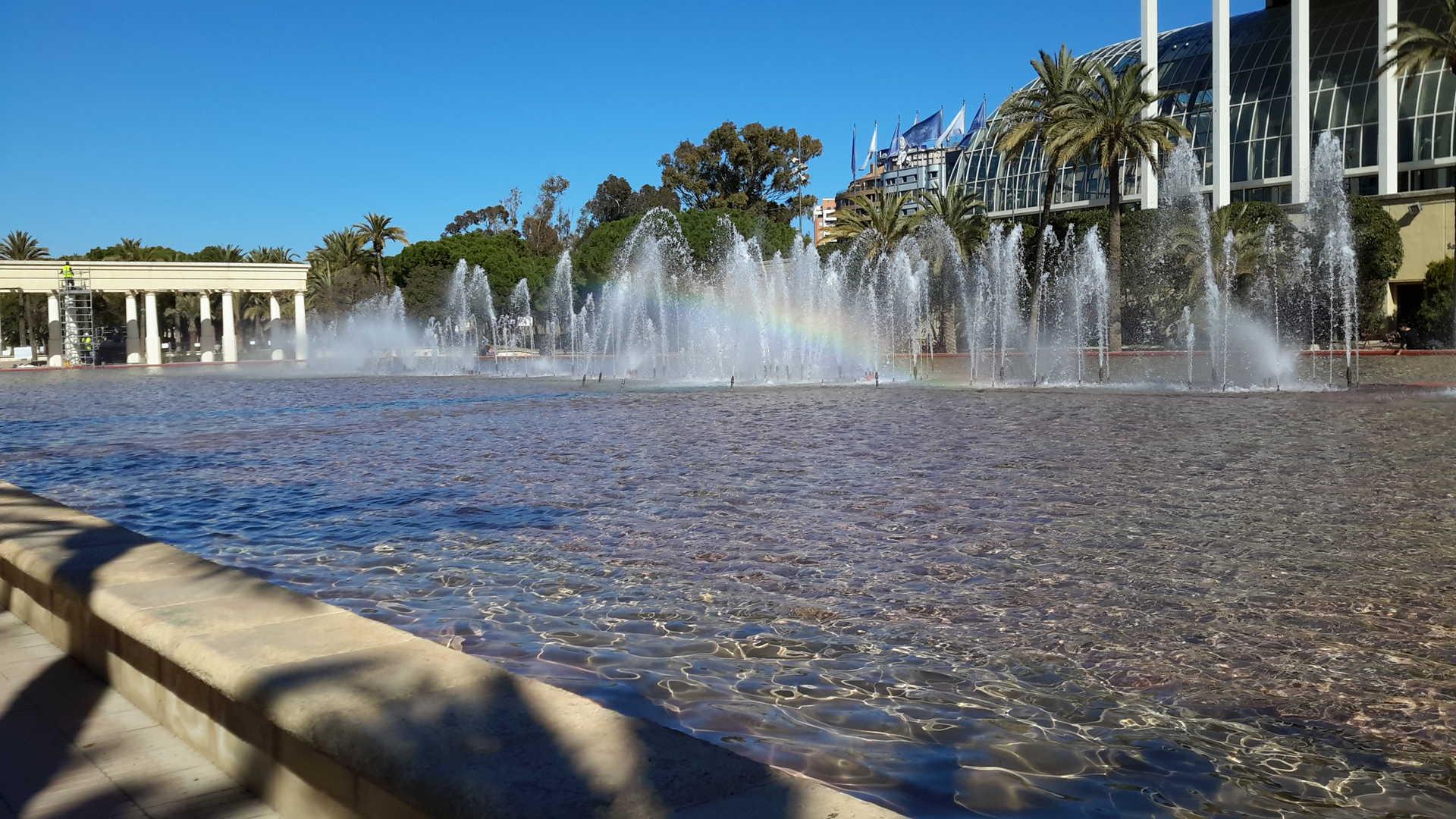 The Turia river gardens