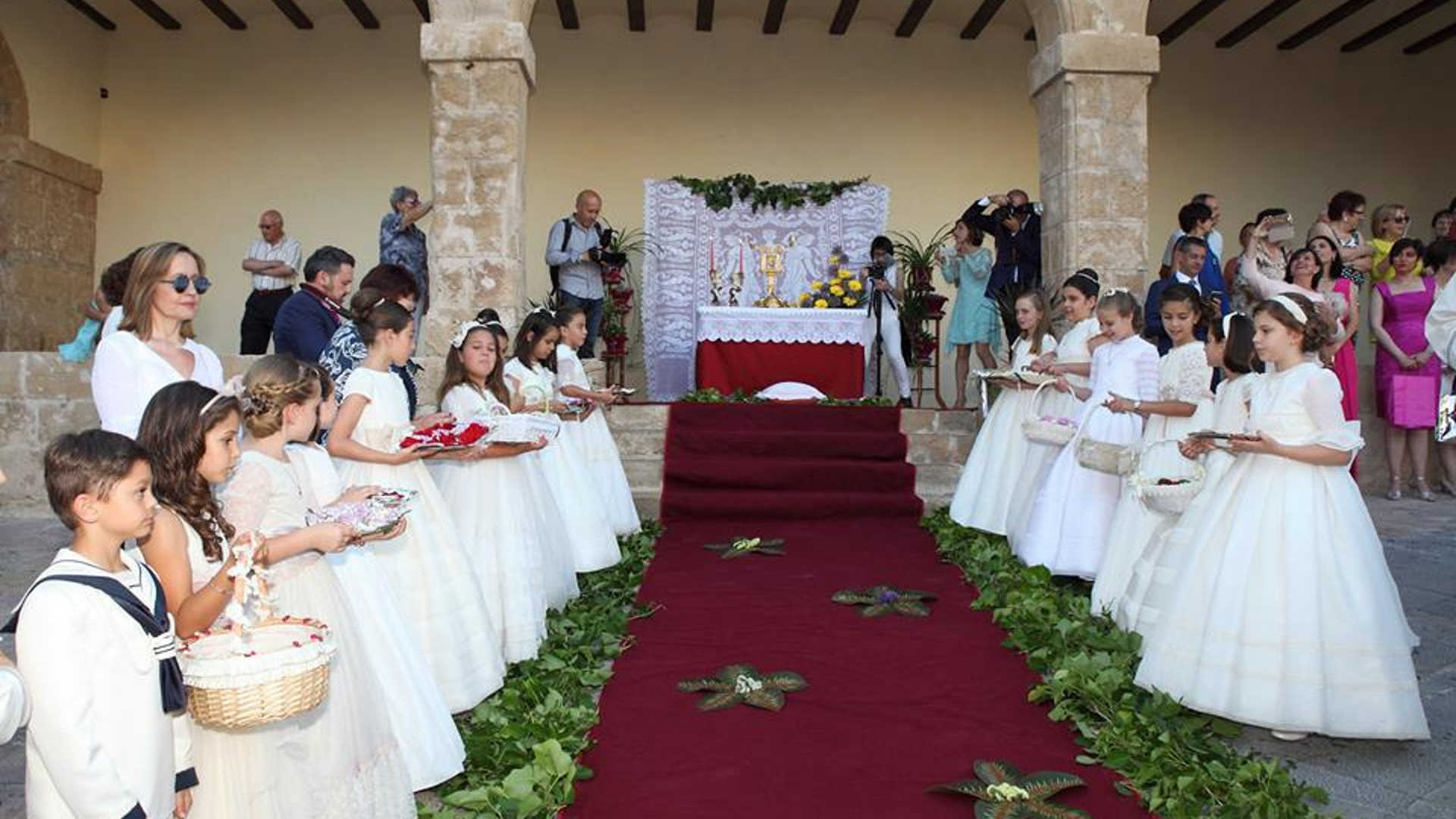 FESTIVITY OF CORPUS CHRISTI IN TEULADA - MORAIRA