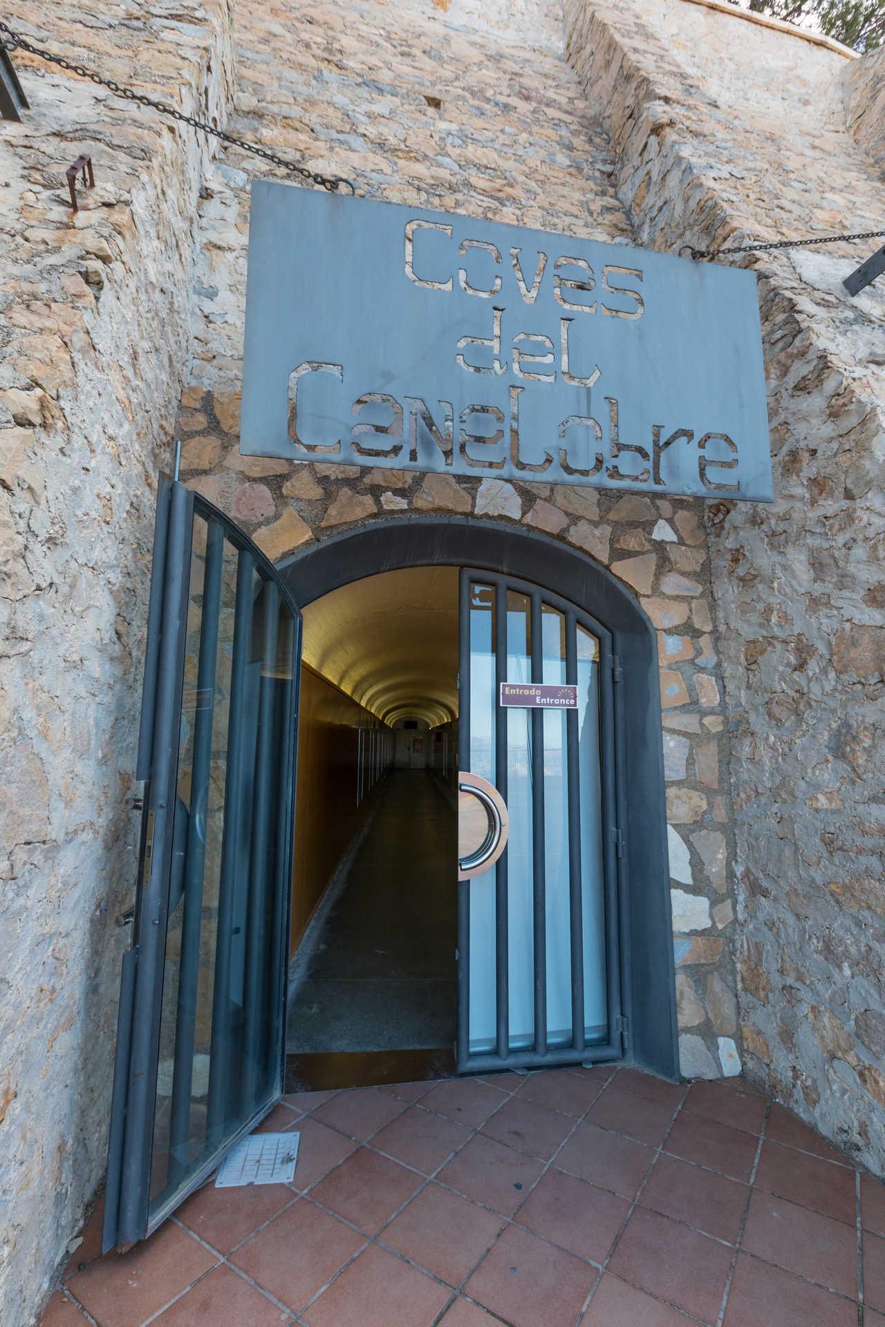 Cuevas del Canelobre