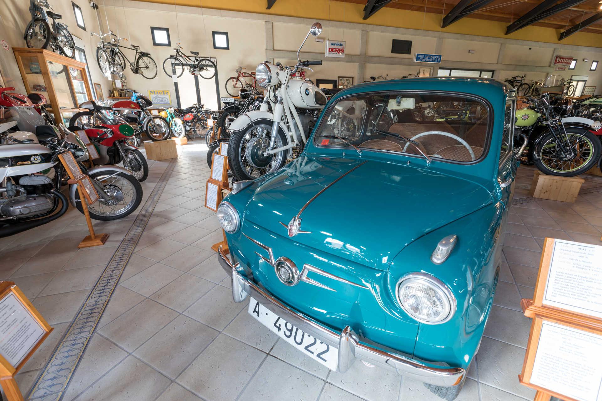 Colección de Vehículos Históricos Valle de Guadalest