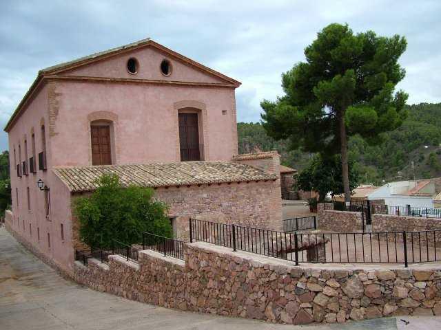 Casa de la Senyoria y Torre de Pardines