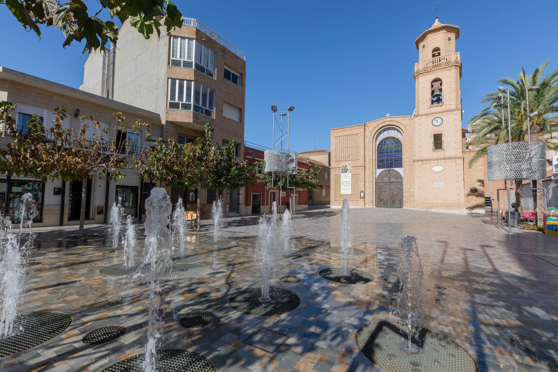 https://multimedia.comunitatvalenciana.com/55E02576F36248CF82687665F54F3B2E/img/69E74B22F11649A9BA274FA2F0F4BEA9/Iglesia_Ntra_Sra_del_Pilar_7H9A5657.jpg?responsive