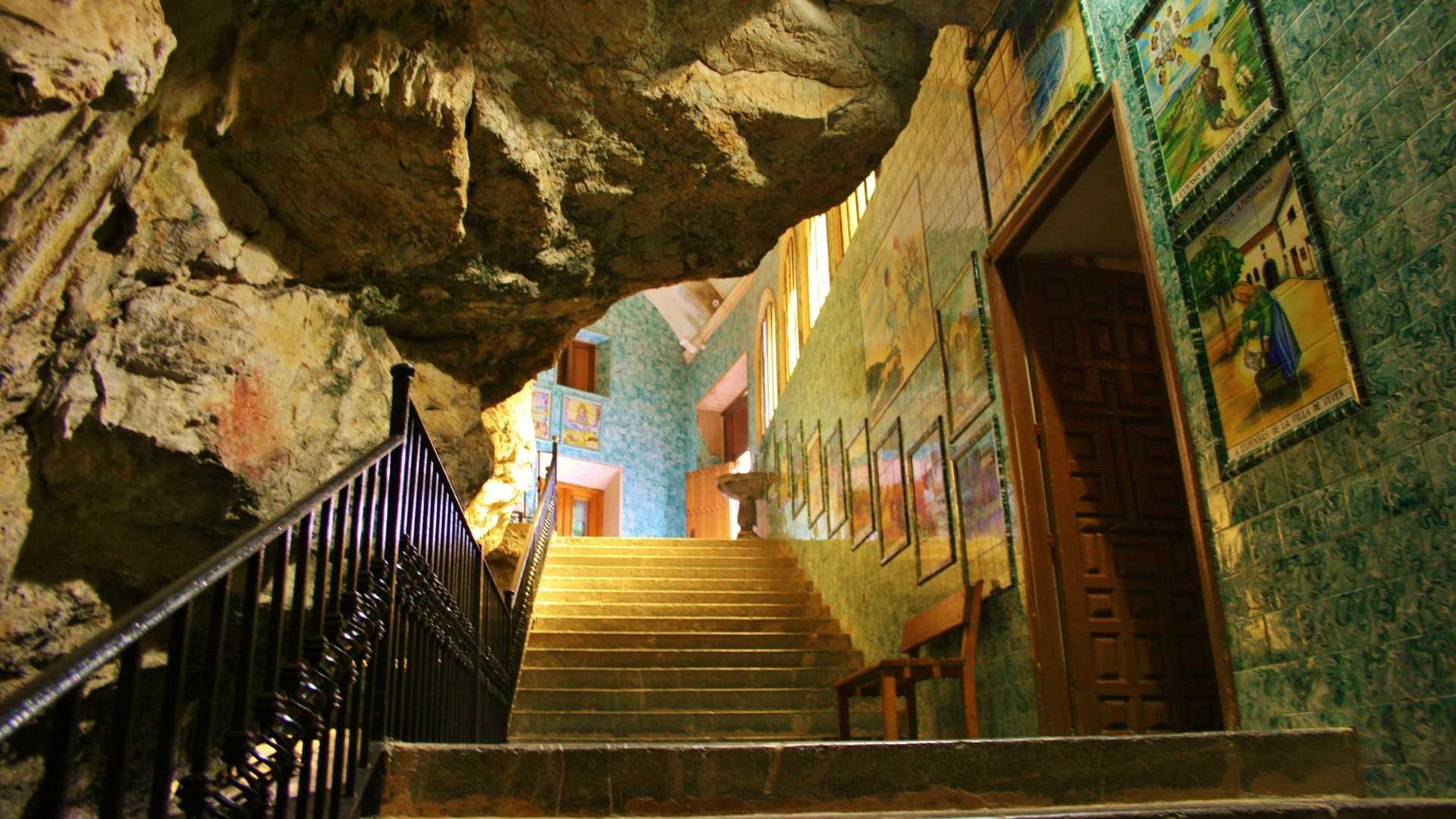 Romerías al santuario de la Cueva Santa