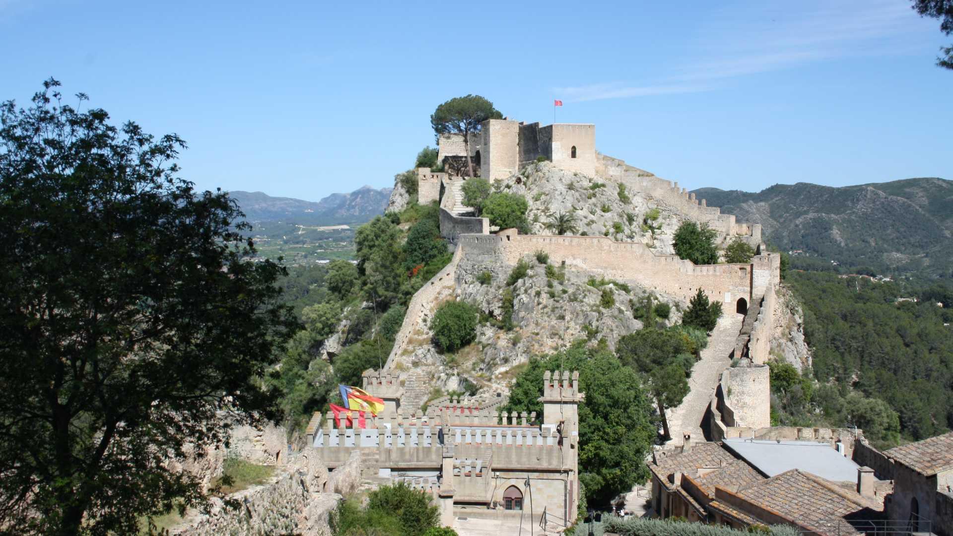 Ruta Castillo, centro histórico y museos