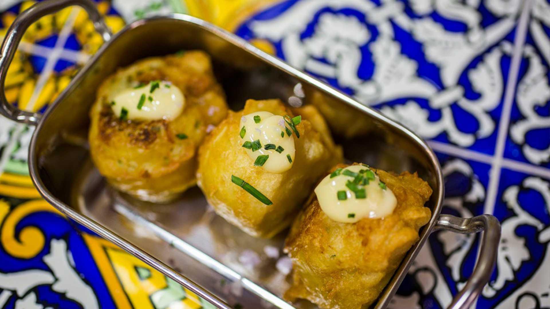 Tapas con Arte: Gastrotour mediterráneo