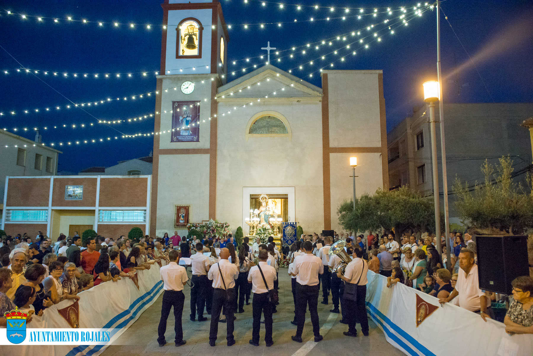 FESTIVITIES IN HONOUR OF VIRGEN DEL ROSARIO