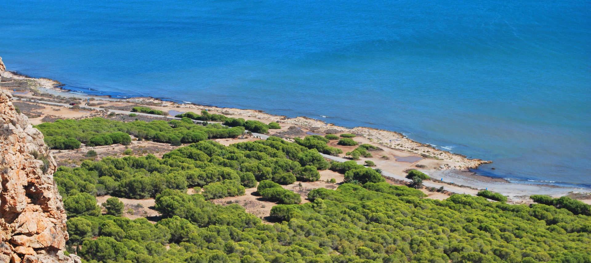 Cabo de l'Aljup Coves
