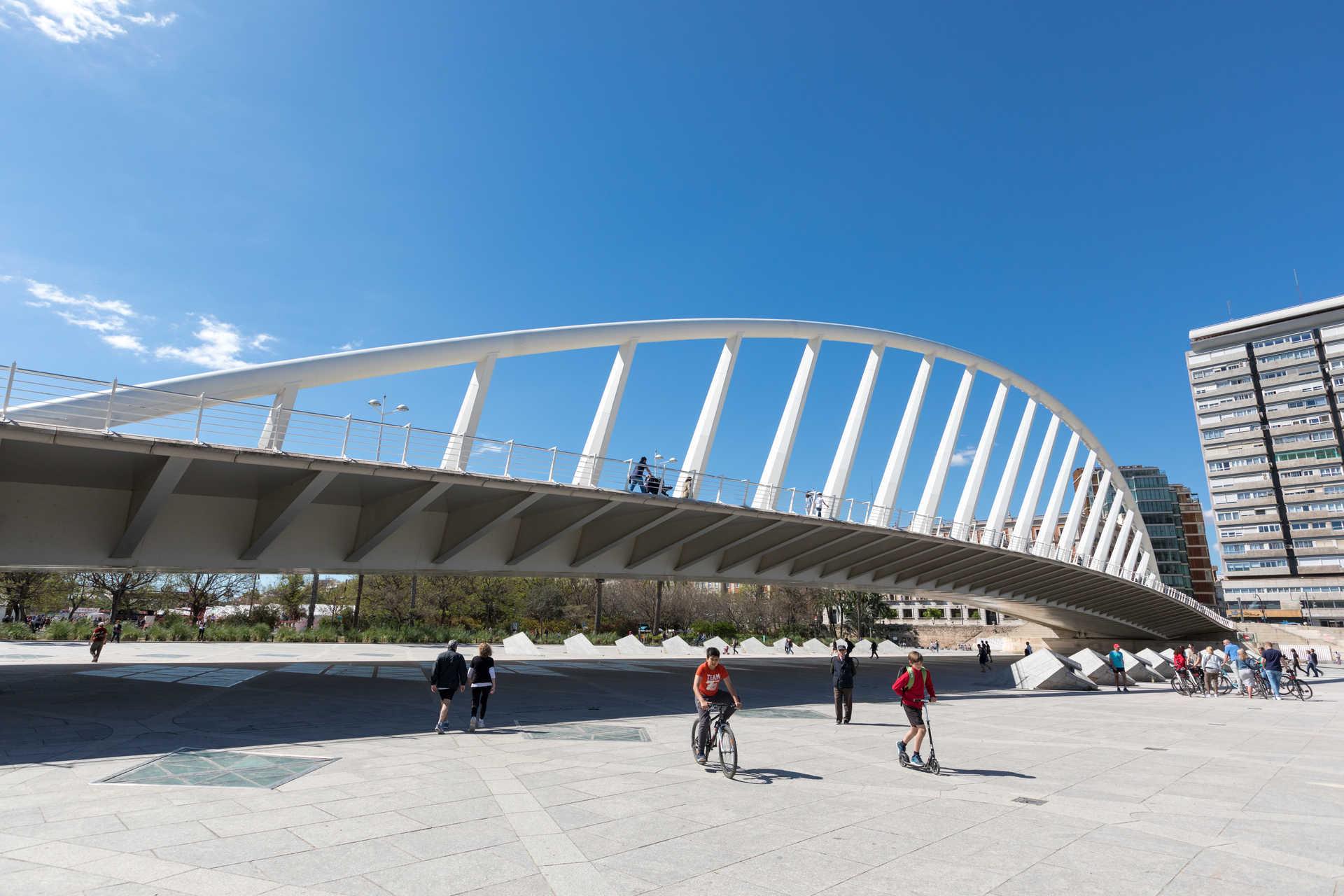 The bridges of the river Turia