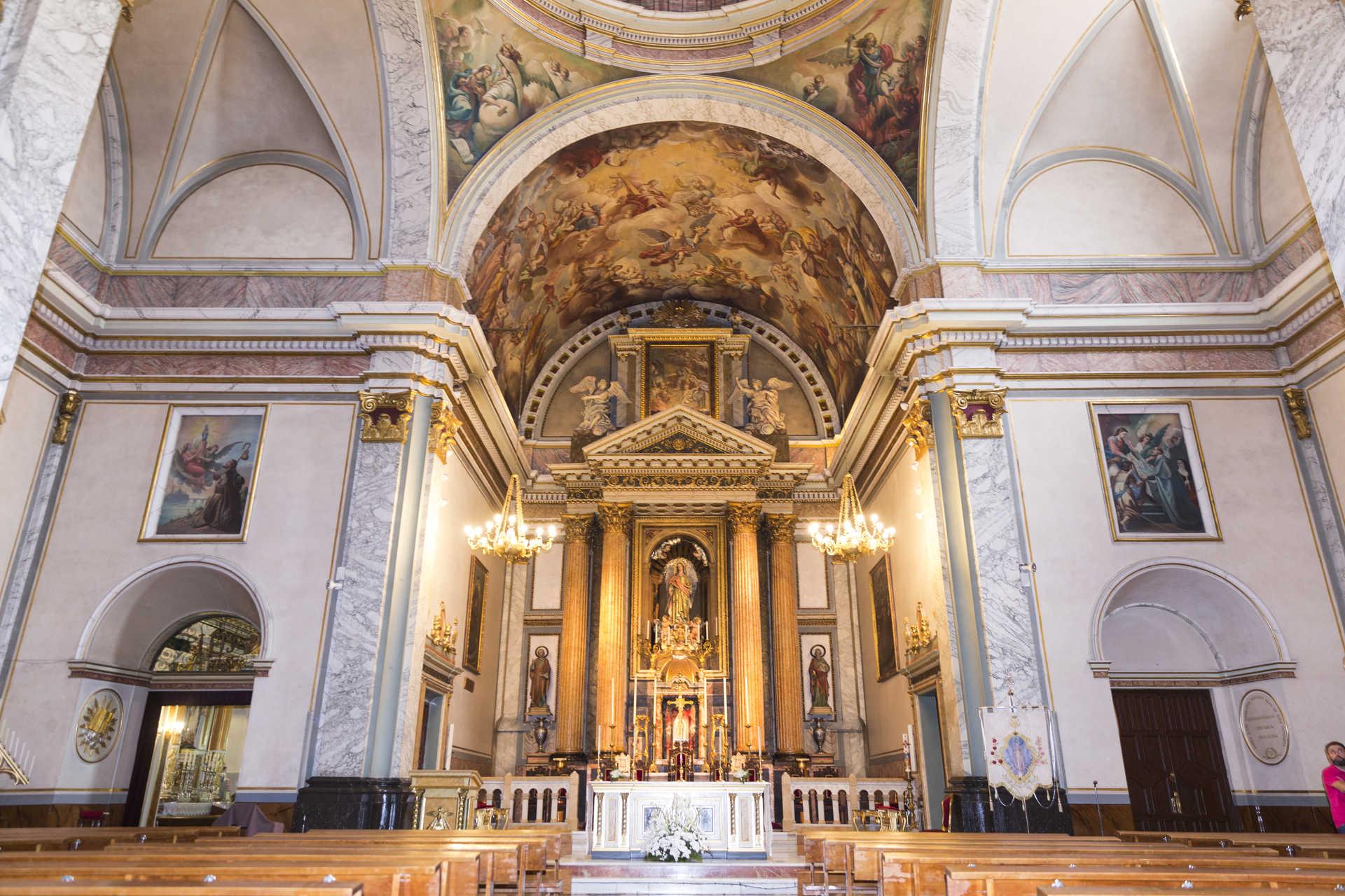 https://multimedia.comunitatvalenciana.com/8C813950E1E04293AC2280E2028F1DDD/img/2299B6A0973F412F9736A8743A1E37E0/Iglesia_del_Santo_Angel_Custodio_717-336.jpg?responsive