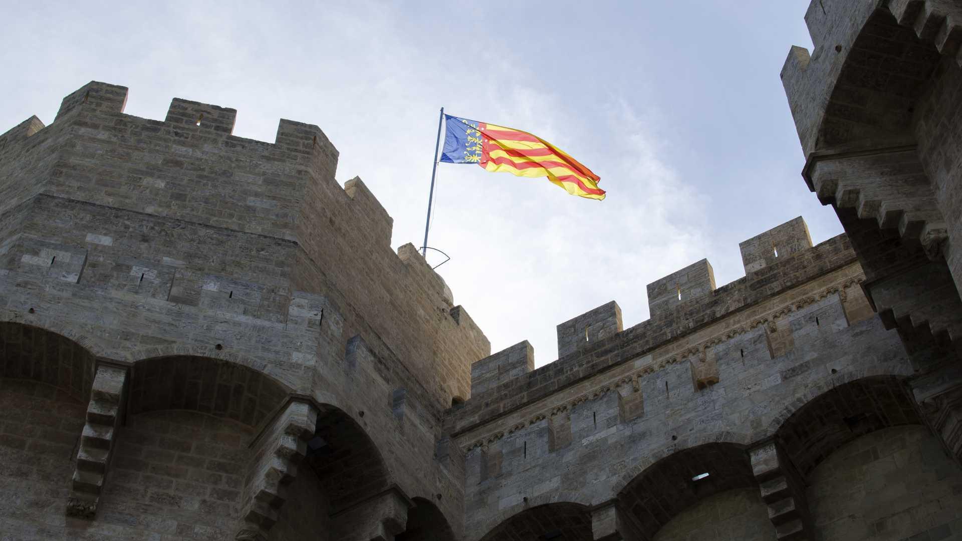 castillo 9 de octubre valencia