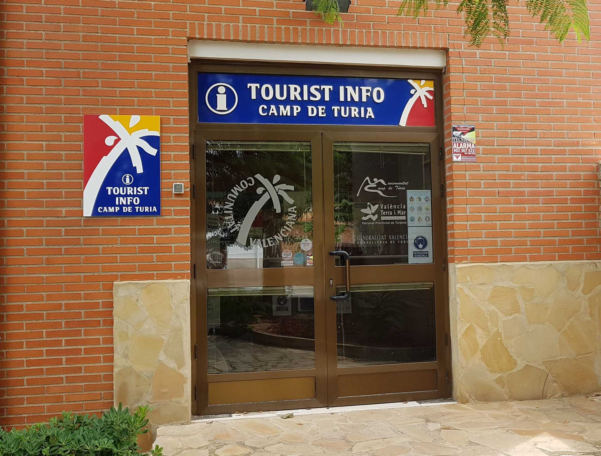 TOURIST INFO CAMP DE TÚRIA