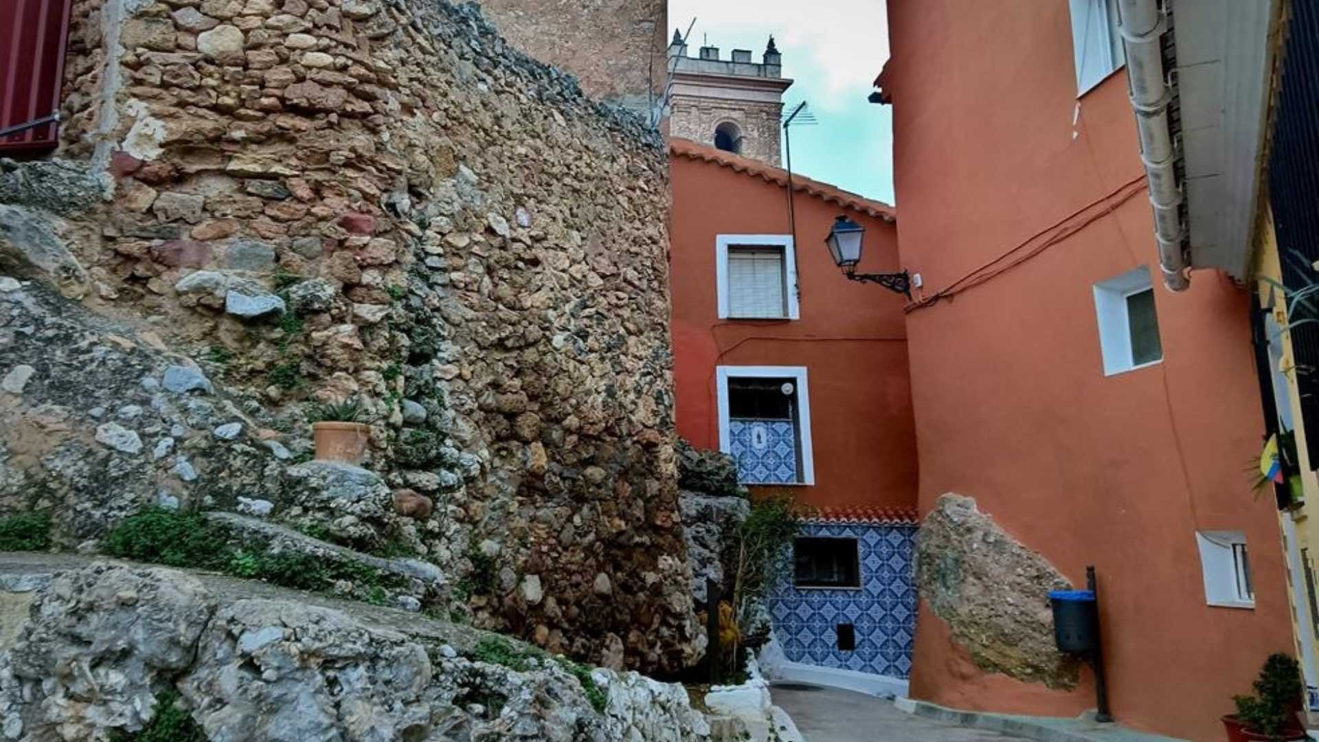 CULTURAL AND HISTORIC TOUR OF CALLES