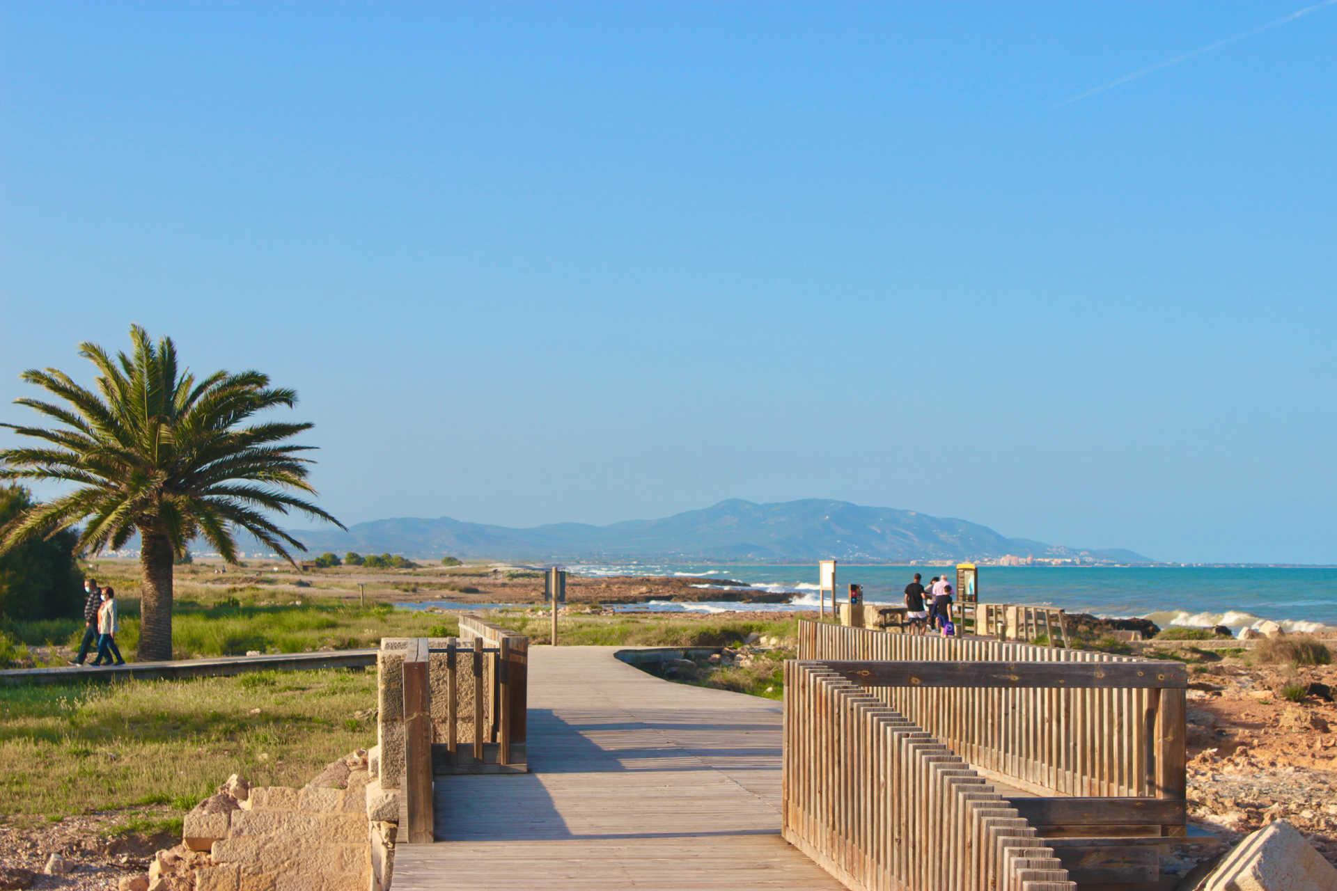 Torre la Sal Beach