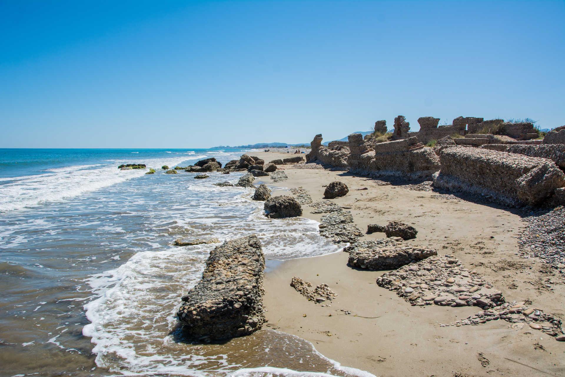 Quartell Vell Beach