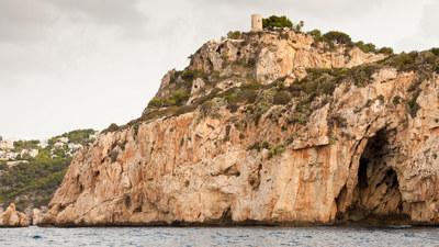 Ambolo Tower