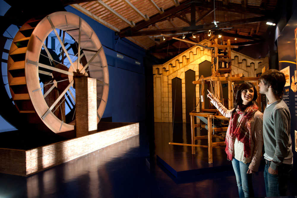 Expo-museu de la ciutat Explora e Isurus