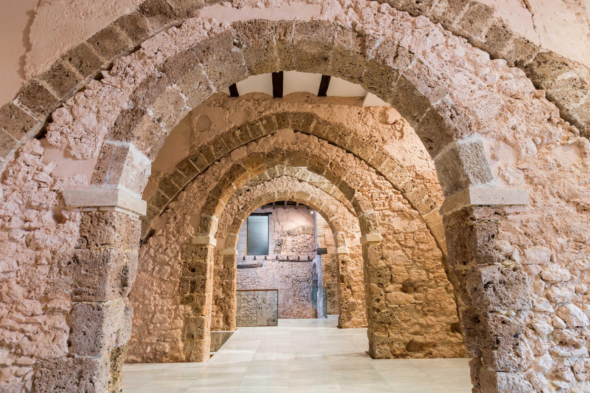 CASTLE-PALACE OF THE MILÁN DE ARAGÓN FAMILY (MARQUISES OF ALBAIDA)