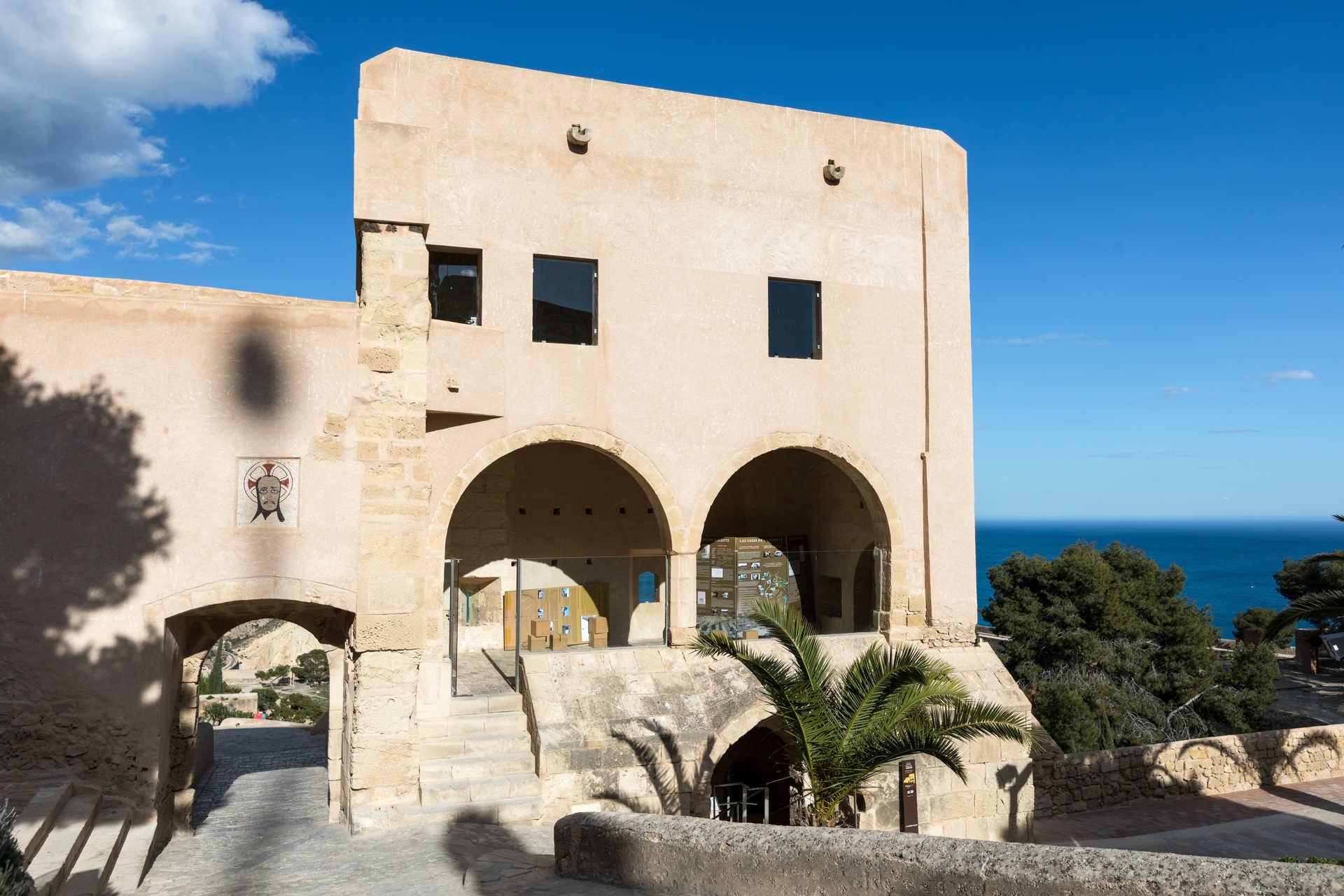 Castell de Santa Bárbara