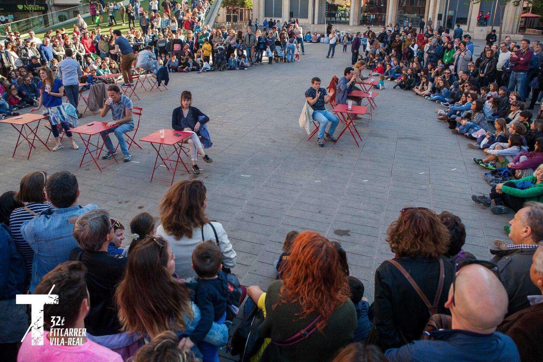 FESTIVAL INTERNACIONAL DE 'TEATRE AL CARRER'