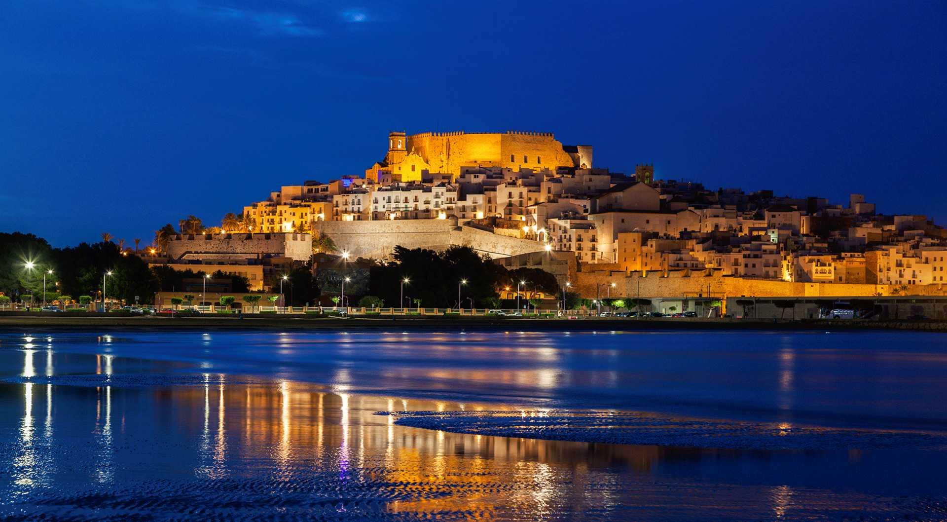 Visitas teatralizadas nocturnas al Castillo de Peñíscola