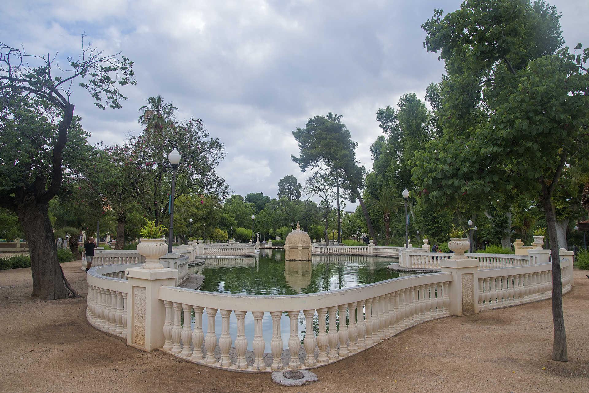 Parc Ribalta, Place De La Independencia Et Place Tetuán