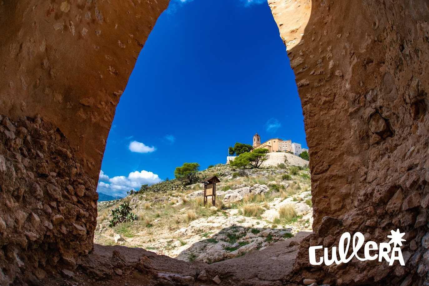 De la Albacara del Castillo