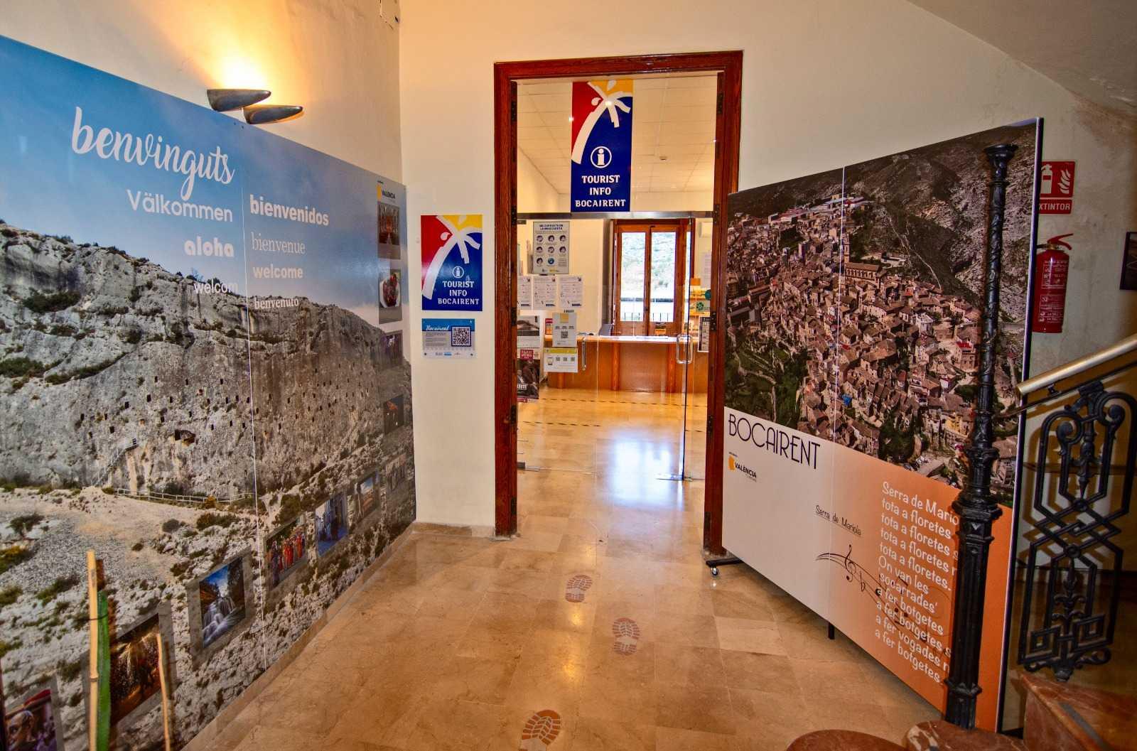 TOURIST INFO BOCAIRENT